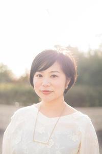 【りんごのひろば・予告】MIDORI 駅ウエ音楽会 Yamyと歌おう!