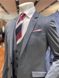 松本でスリーピーススーツならスーツセレクトミドリ松本
